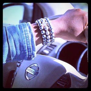 Jewelry - Silver beaded bracelet